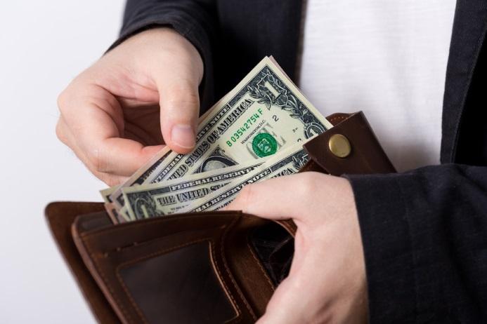 見知らぬ人から「お金貸してくれませんか?」と言われた時の対応