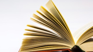 なかなか本が捨てられない人はルールをつくるべし
