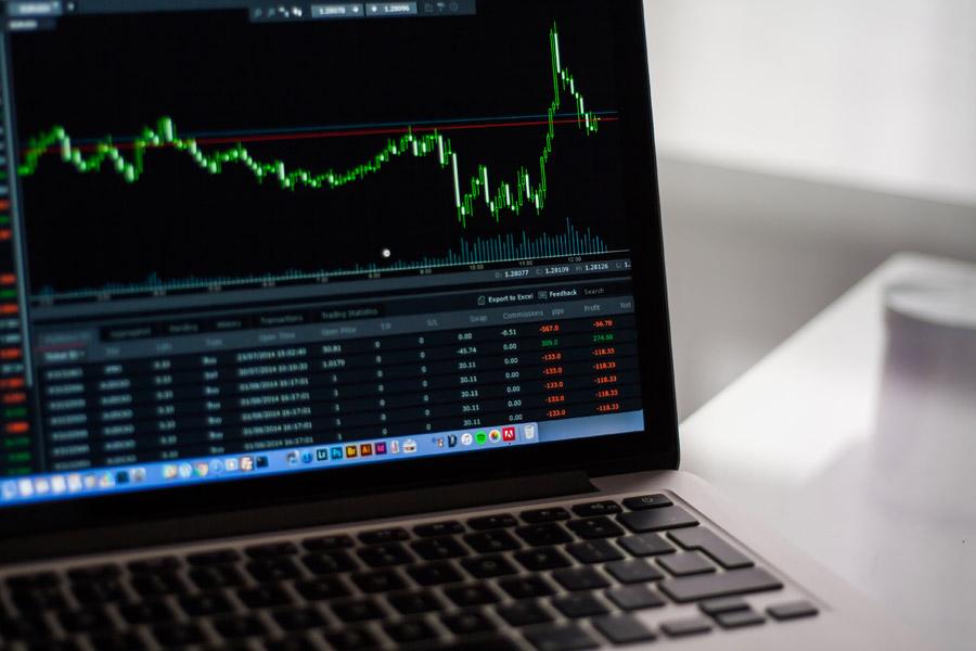 短期売買は損するからやめて配当金目的で株式投資をする